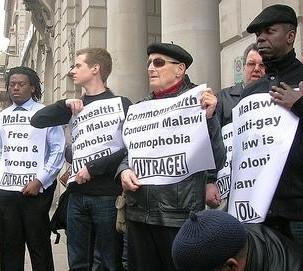 Protesta en Londres para la liberación de la pareja gay de Malaui